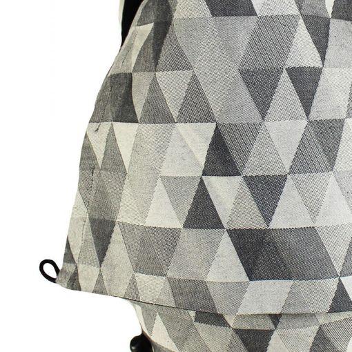 Buzzidil | Preschooler | Triangle Monochrome